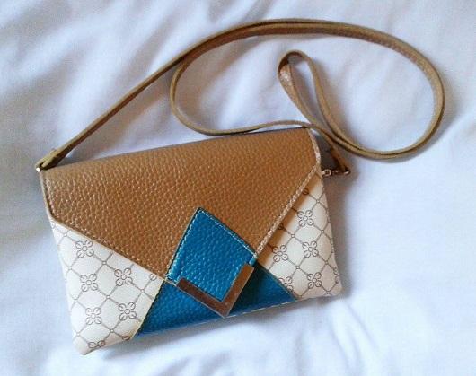 TAG: O que tem na minha bolsa?