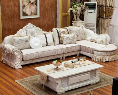 sofa sudut putih
