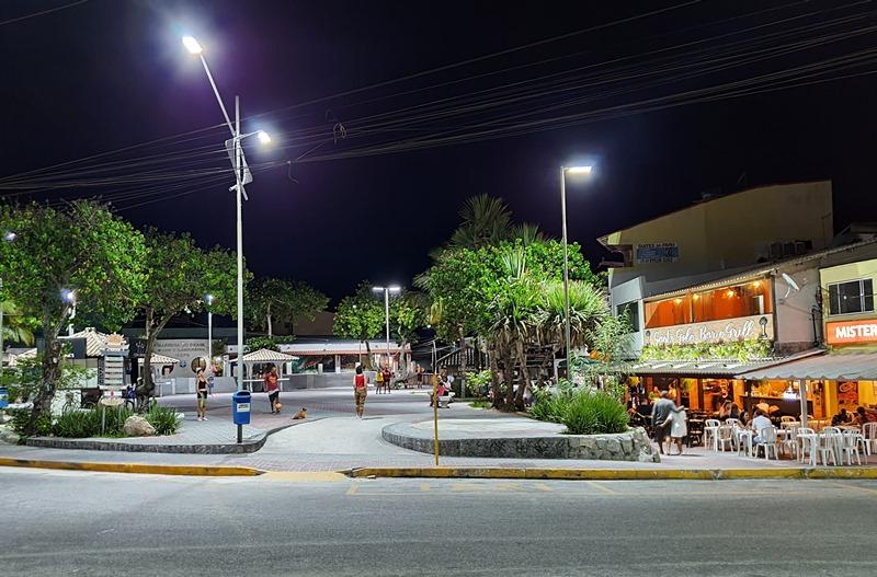 Restaurantes Arraial do Cabo Praça do Cova