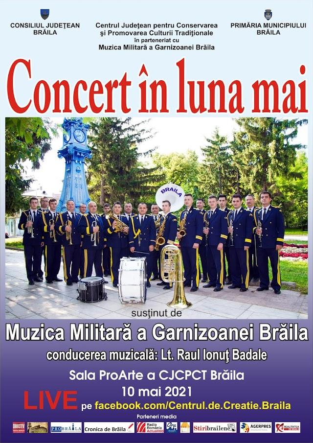 Concert in luna lui mai