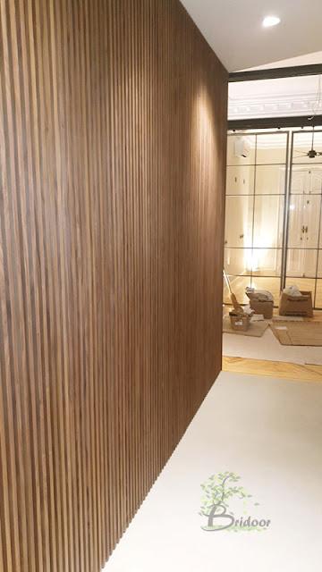 Pared de madera alistonada decorativa bridoor