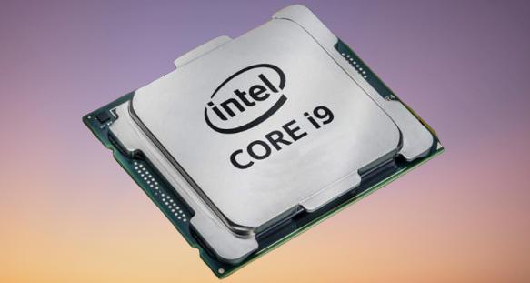 أطلقت Intel مجموعة الجيل العاشر لوحدة المعالجة المركزية لأجهزة الكمبيوتر المكتبية بناءً على بنية 14nm Comet Lake.     تتكون المجموعة من ما لا يقل عن 32 طرازًا ، بدءًا من Core i9 الرائد الجديد للاعبين والمتحمسين ، إلى عائلات Core i7 و Core i5 و Core i3 السائدة ، وحتى بعض خيارات Pentium و Celeron.