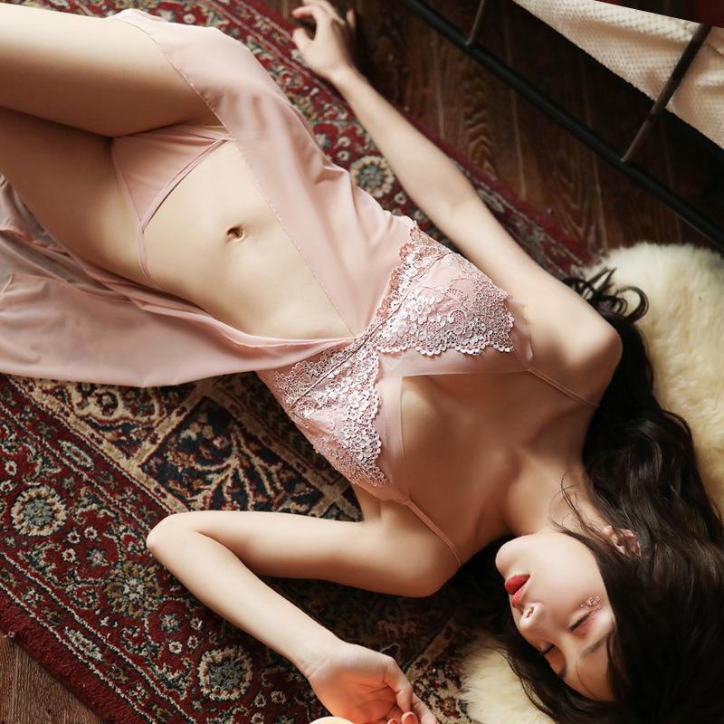 Váy ngủ sexy xẻ trước màu hồng da ngọt ngào 2