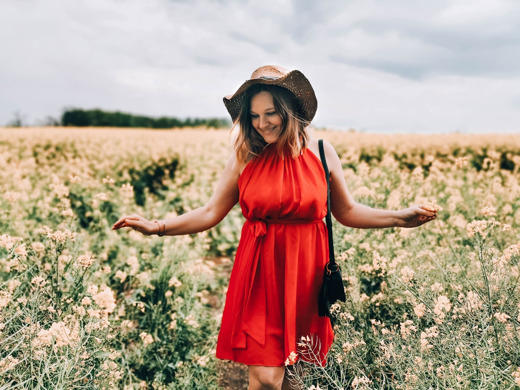 sukienka-czerwona_stylizacja