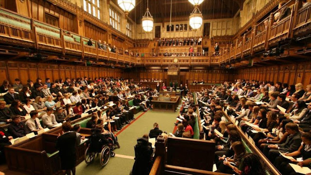Parlamentarios del Reino Unido contra la venta de armas a Riad
