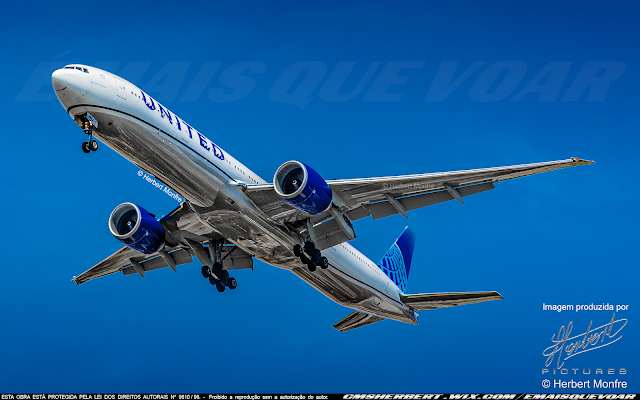 United Airlines (UAL) plans to resume more than 40 routes in November | Photo © Herbert Monfre - Airplane photographer - Events - Advertising - Essays - Hire the photographer by e-mail cmsherbert@hotmail.com | Image produced by Herbert Pictures - MORE THAN FLY
