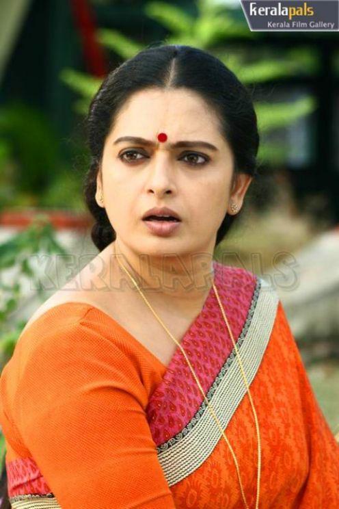 Putri mendem: Sexy Tamil Aunty Actress Seetha Sita's ...