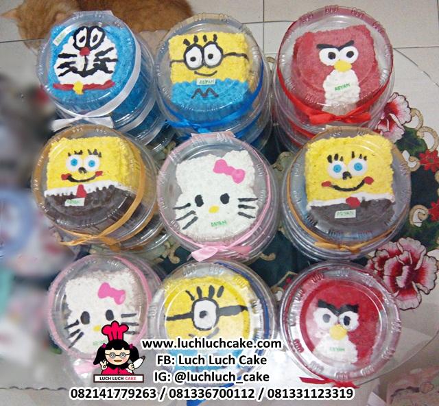 Souvenir Mini Cake Kartun Lucu-Lucu