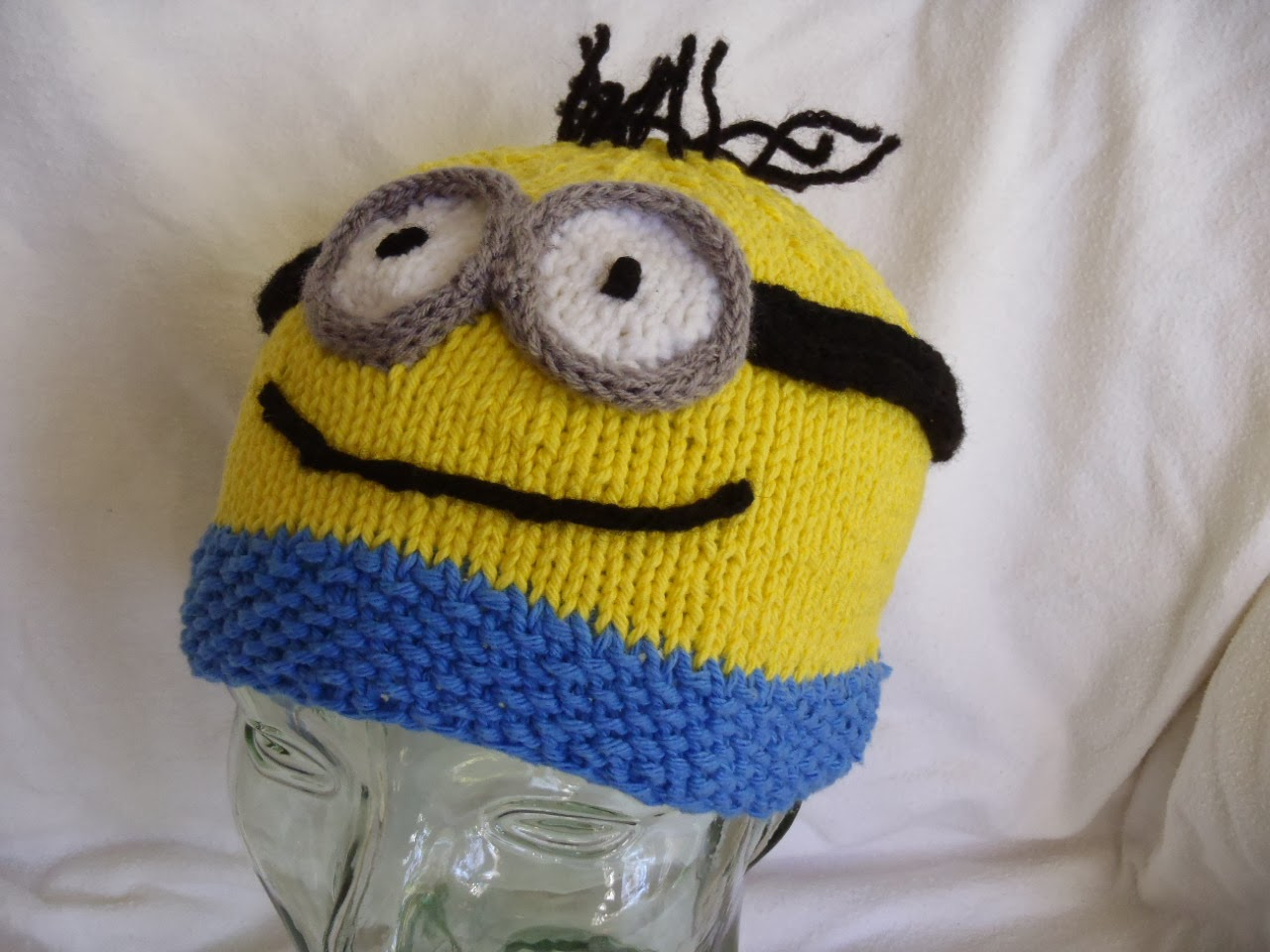 Stana s Critters Etc.  Knitting Patterns for Minion Hat and Evil ... 17048a929e13