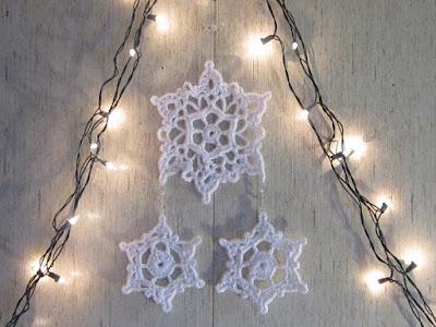 snowflake, wall hanging, crochet, winter