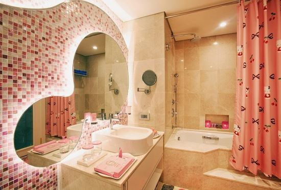 Kamar mandi hello kitty mewah modern
