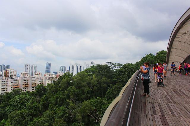 henderson waves singapura