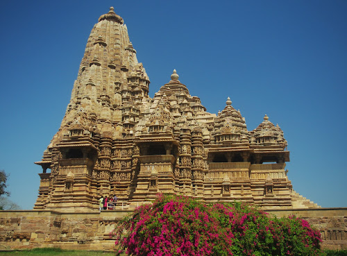 Kandariya_Temple