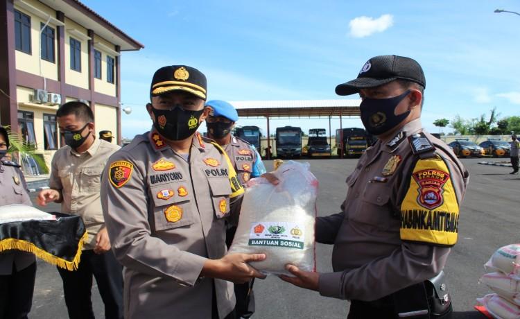 Polres Serang Laksanakan Pendistribusian 12 Ton Beras kepada Masyarakat Terdampak Covid-19