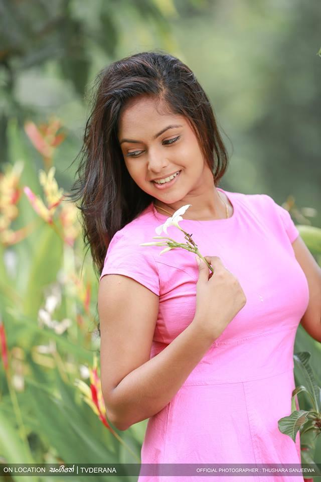 Geethma Bandara Looks Cute In Pink Dress