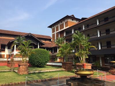 jardin del hotel the raviz en Kerala