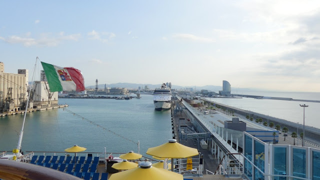 Anfahrt nach Barcelona mit dem Schiff