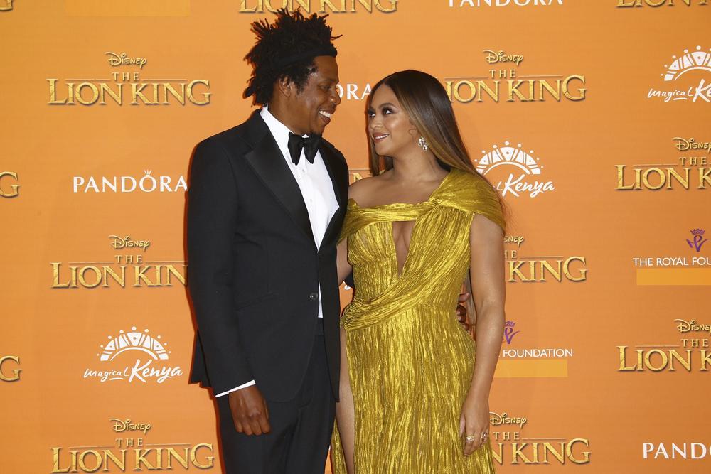 Vestido de Beyoncé en la premiere de mundial El rey león