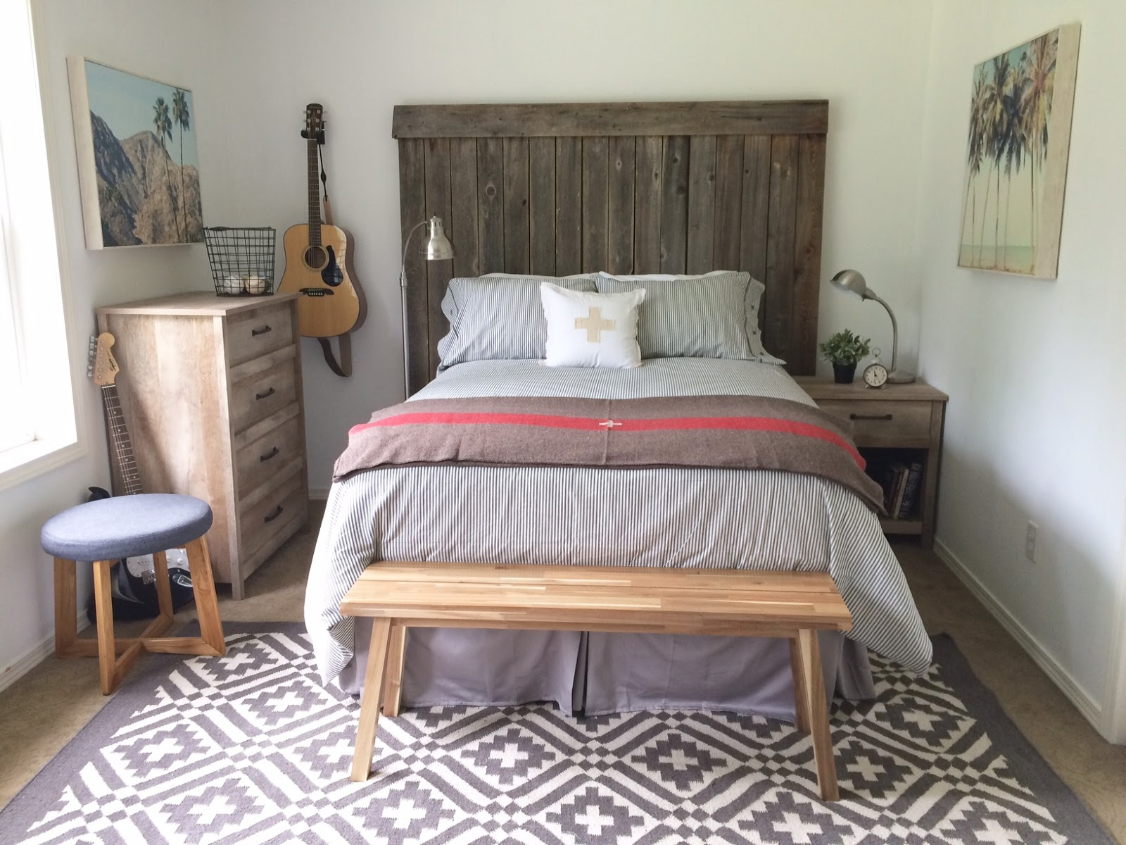Een Moderne Makeover : Little farmstead: tween teen boys bedroom makeover {modern