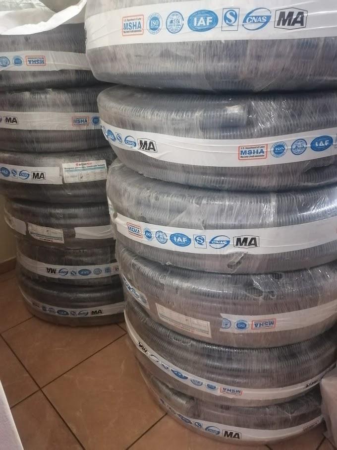 """Manguera de PVC Transparente Alambrada de 1 1/2"""" x 50 m"""