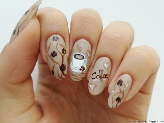 kawowe paznokcie