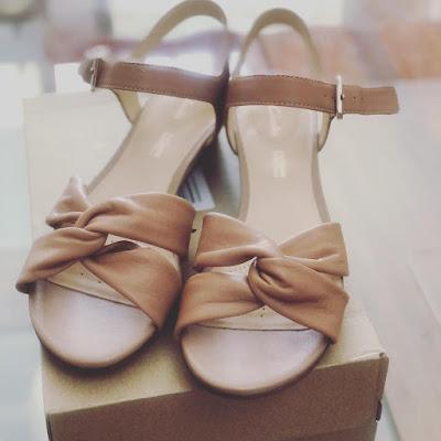 sense-strap-clarks-sandalias