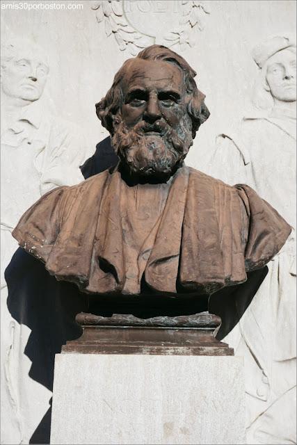 Busto del Monumento a Longfellow en Cambridge
