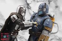 S.H. Figuarts The Mandalorian (Beskar Armor) 73
