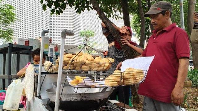 Tahu Tempe Menghilang di Tukang Gorengan, Jokowi Dianggap Tak Mampu Berantas Mafia Kedelai