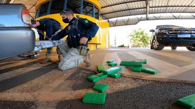 PRF apreende caminhonete recheada com maconha em Francisco Alves (PR)