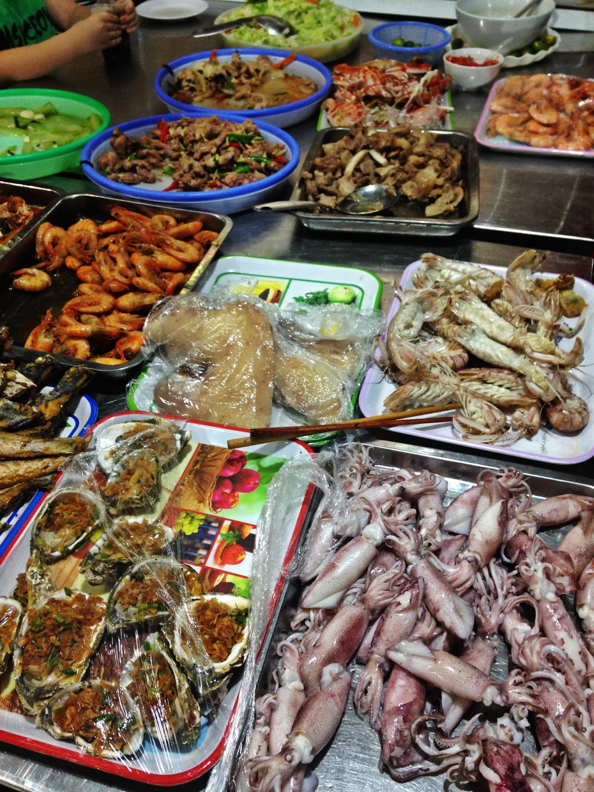 Wietnam, targ na wyspie Cat Ba