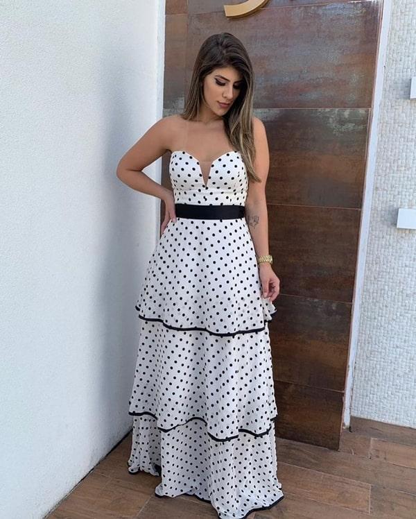 vestido longo de poá preto e branco