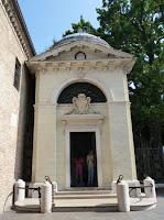 Ravenna, Tumba de Dante.