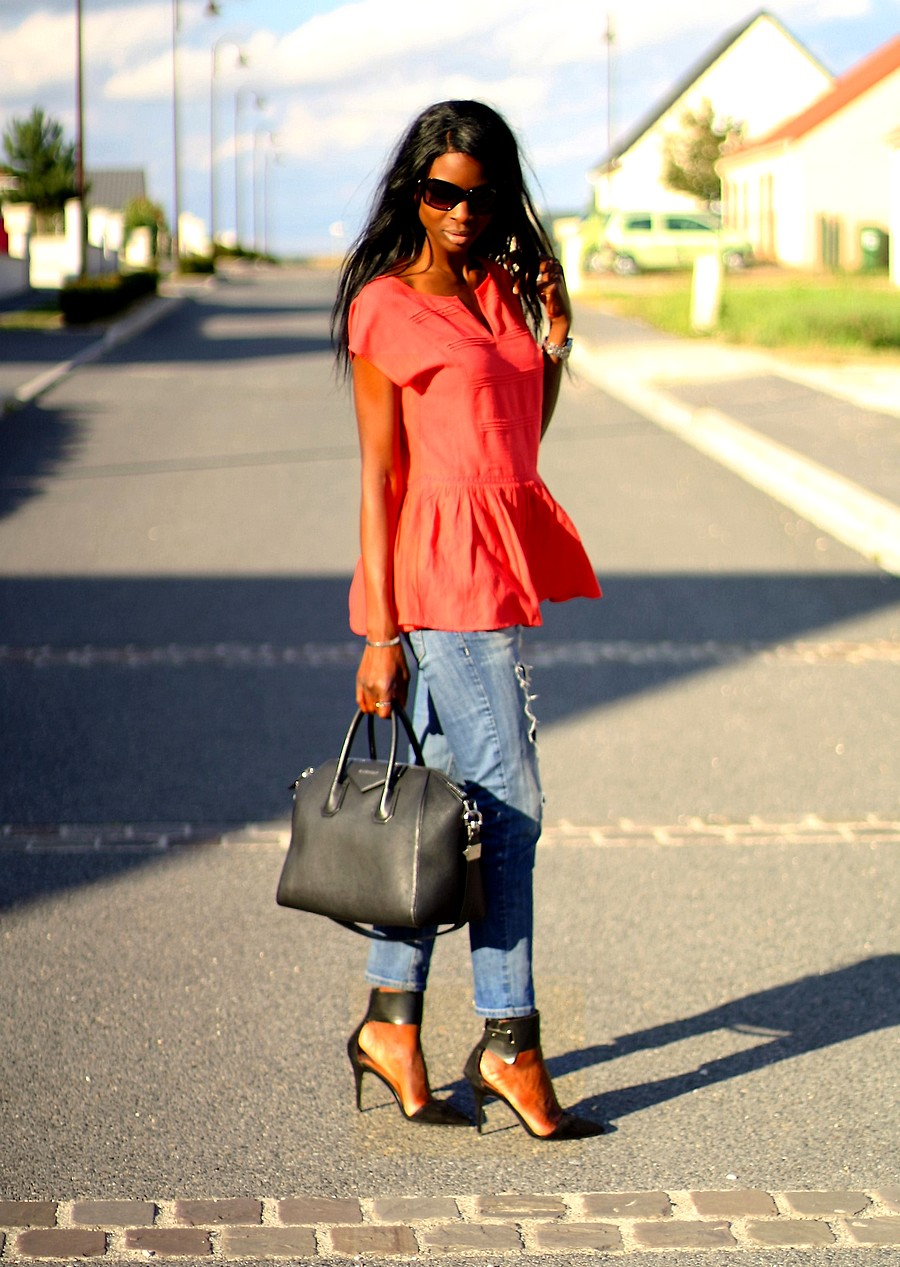 givenchy-antigona-jeans-zara-peplum-top-blog-mode-ootd