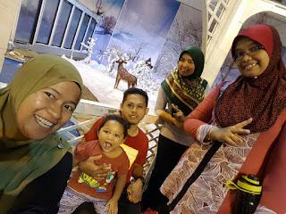 Melihat rumah salji murah di Shah Alam memenuhi aktiviti cuti sekolah anak-anak.