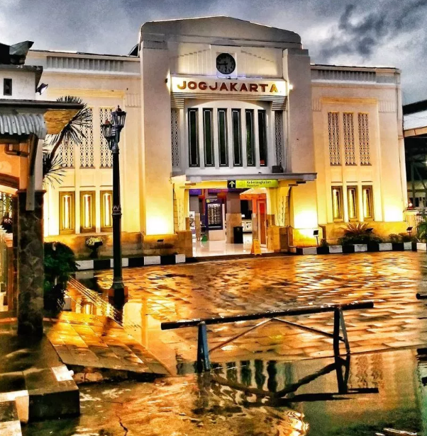 List of 8 Most Sights Hits near Malioboro Yogyakarta
