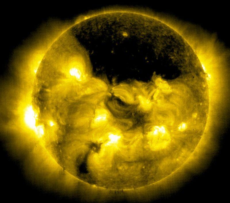 YIKES! Chunk of Sun Headed Toward Earth at 2 Million Miles ...