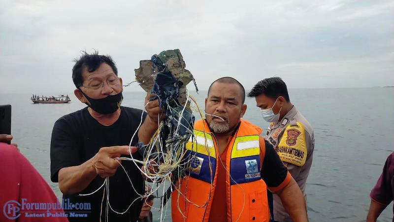 Kemenhub dan Basarnas Benarkan Pesawat Sriwijaya Air SJ-182 Rute Jakarta-Pontianak Jatuh