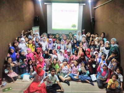 Kelas cerpen Kelompok Literasi Ungaran Kelingan