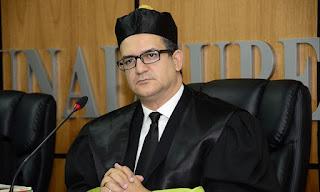 Solicitud de ordenanza para suspender de manera provisional las inscripciones de las candidaturas presidenciales de Leonel Fernández e Hipólito Mejia