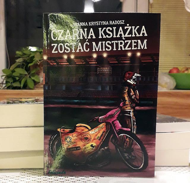 Czarna książka. Zostań mistrzem - recenzja antologii Joanny Krystyny Radosz