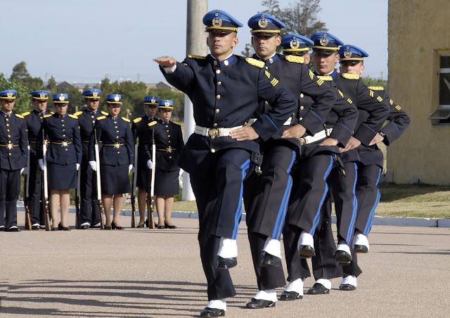 Llamado a concurso abierto para ingreso a la carrera de oficial de policía 2019