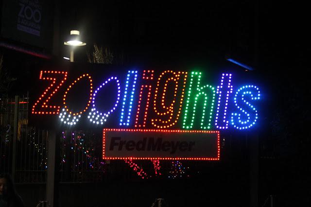 zoo lights christmas photography