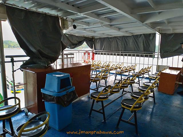Kursi Di Kapal Roro
