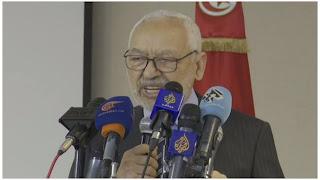 راشد الغنوشي حل البرلمان ليس في صالح تونسيين.. هو العودة لديكتاتورية.. في سنة 1981 اليوسفيون والحزب القديم الدستوري لم يكونوا لطفاء معنا....