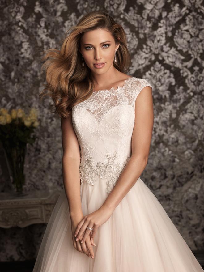 a1a12ed125841 فساتين زفاف 2014
