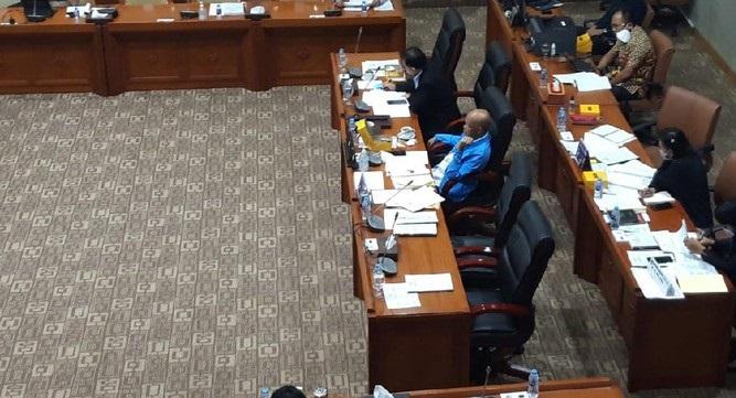 Diduga Plagiat, Komisi III DPR Hentikan Uji Calon Hakim Agung Ini