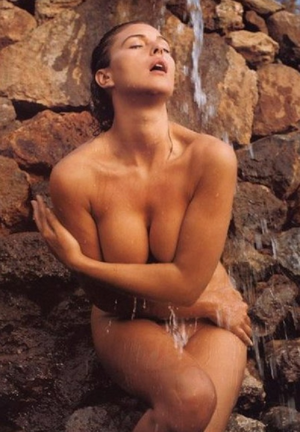 Plump girl naked home
