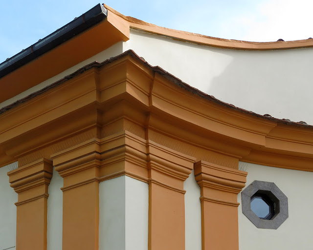 Entrance of Villa Valsovano, Via del Fagiano, Livorno