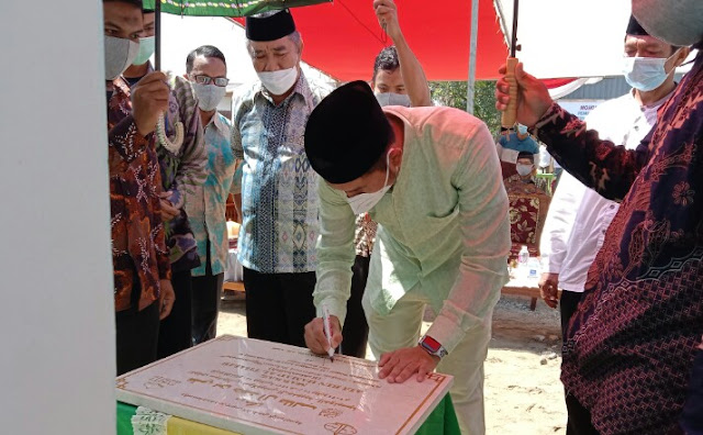 Hadiri Peresmian Masjid Wahdah Islamiyah, Bupati ASA Sumbang Dana Pembangunan Pusdiklat Da'i